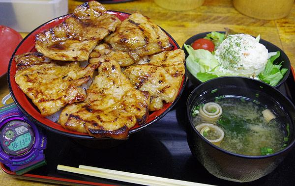 S660 北海道ツーリング 帯広 ぶた屋 特上ロースカツ丼