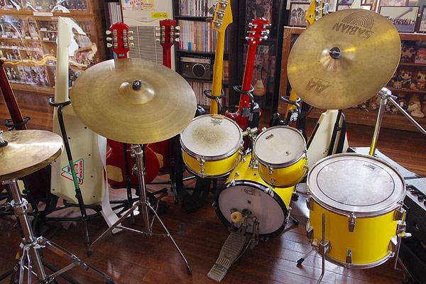 S660で けいおん! 聖地巡礼 楽器・グッズ展示コーナー